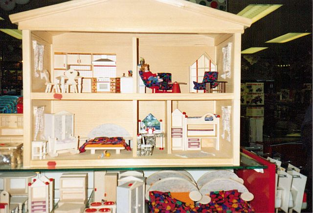 Dollhouse in a Mullers store in Regensburg