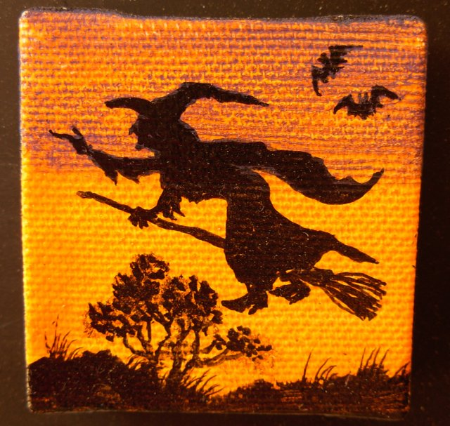 Mini Witch Flying