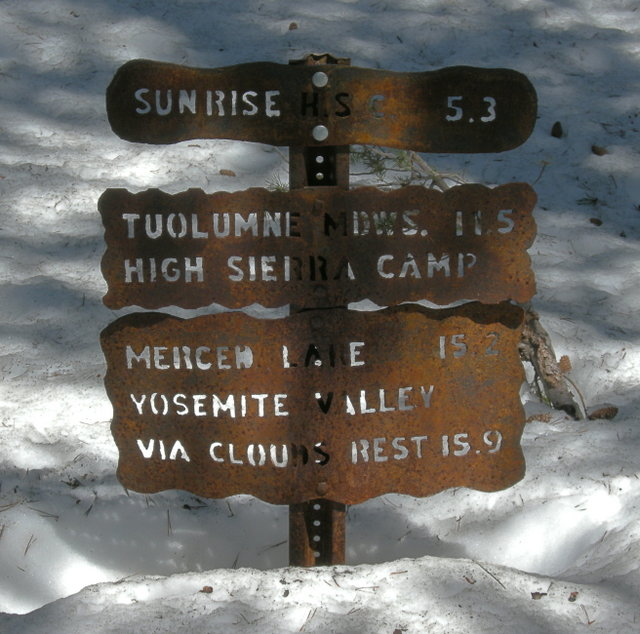 Sunrise Trailhead Sign