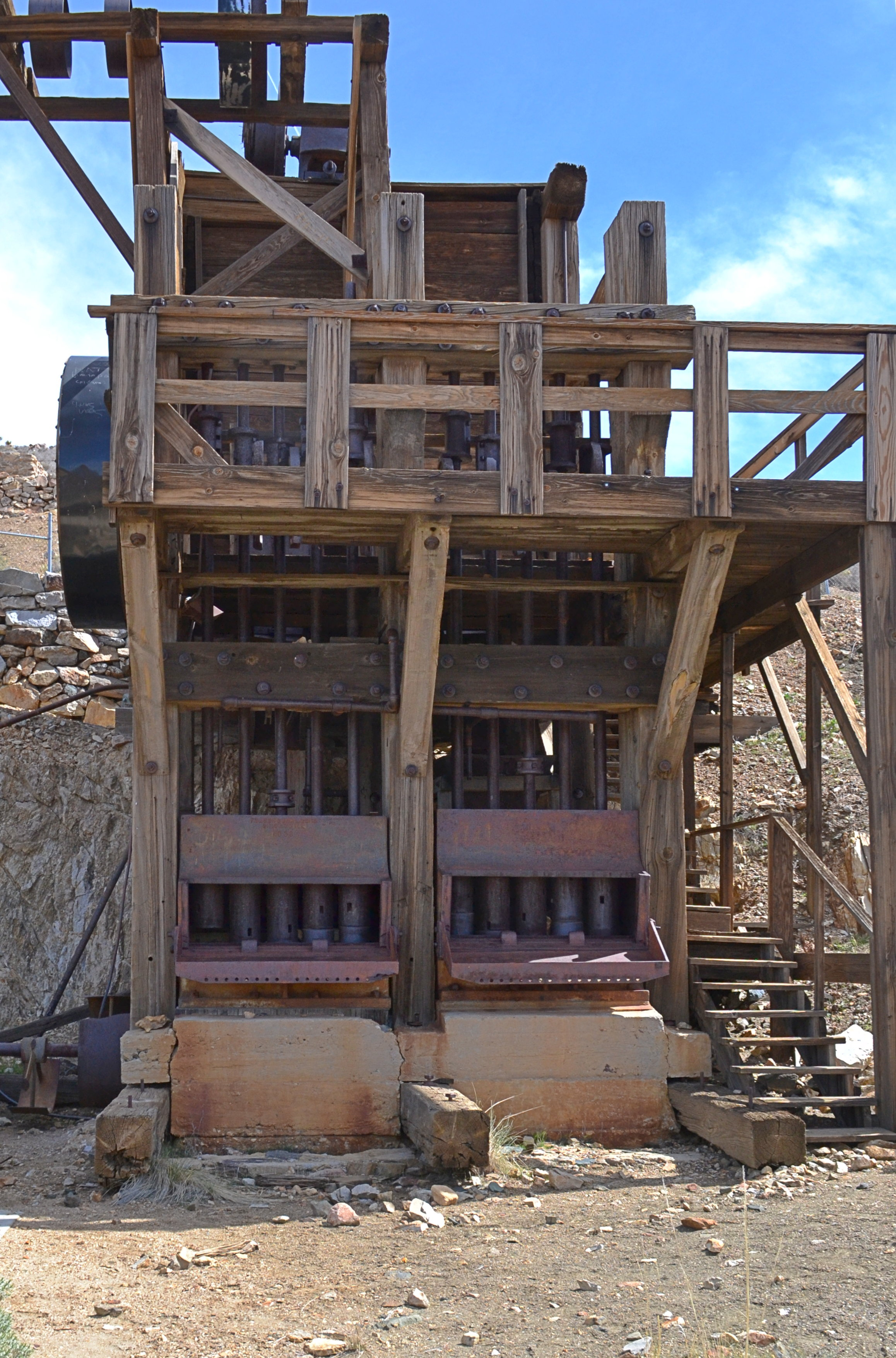 Stamp mill at the Lost Horse Mine