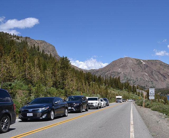 Line of cars waiting for entry at Tioga Pass